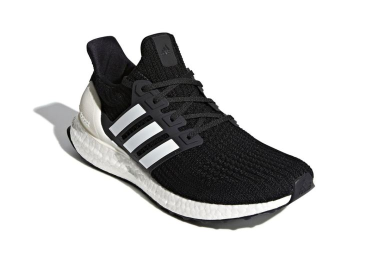 adidas-ultraboost-4-0-show-your-stripes-core-black-tech-ink-another-look-5