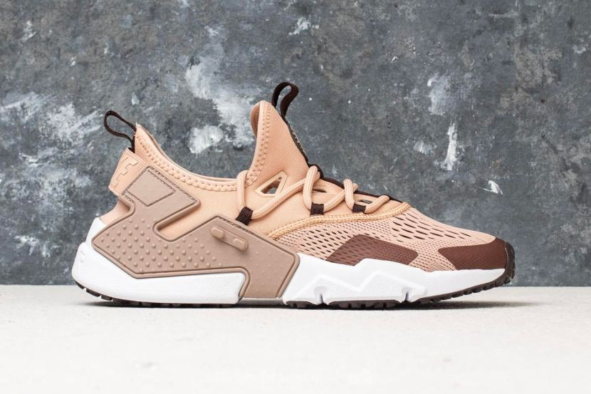Nike presenta l'Air Huarache Drift Breathe