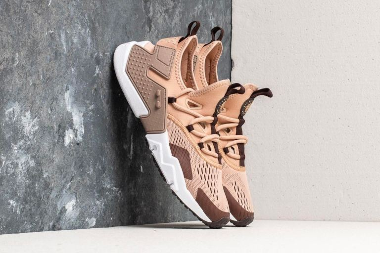 nike-air-huarache-drift-breathe-sand-2