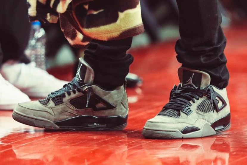 "Travis Scott mostra un 'Air Jordan 4 ""Dark Green"""