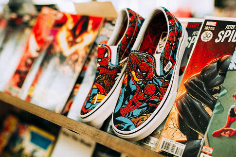 https---hypebeast.com-image-2018-05-vans-marvel-avengers-old-skool-sk8-hi-slip-on-6
