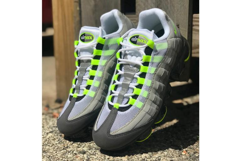 https---hypebeast.com-image-2018-07-nike-air-vapormax-95-og-neon-release-date-005